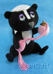 Scented Skunk knitted toys