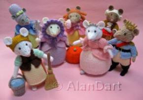 Cinderella Pantomice knitted toys